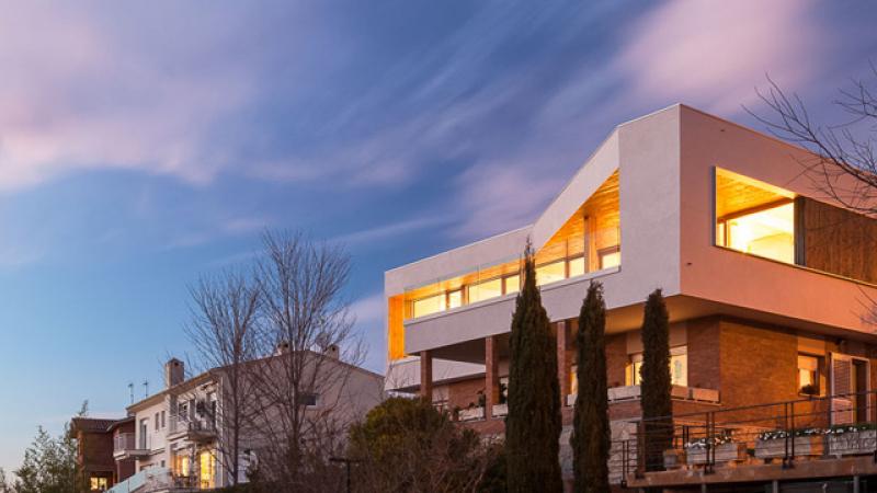 Genial Houses